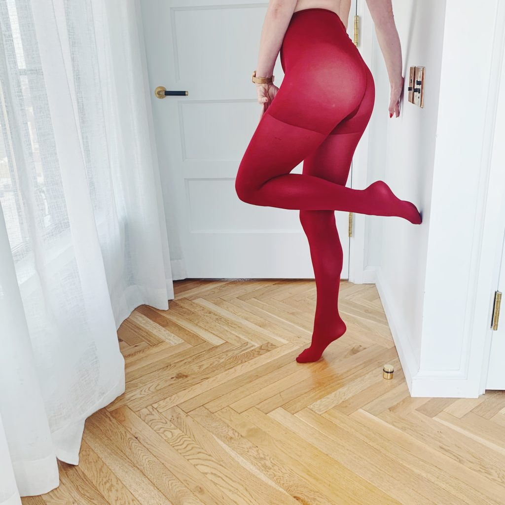 Mistress Blunt New York City femdom pantyhose fetish